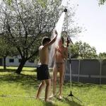 """דיל מקומי: מקלחת טלסקופית ניידת לגינה Claber Malibu 8956 במחיר משוגע של 95 ש""""ח בלבד!!"""