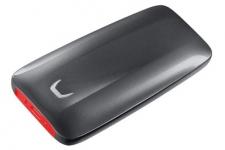 """רק 870 ש""""ח מחיר סופי כולל הכל עד דלת הבית לכונן הקשיח החיצוני Samsung X5 Portable SSD – 500GB!! בארץ המחיר שלו 1185 ש""""ח!!"""